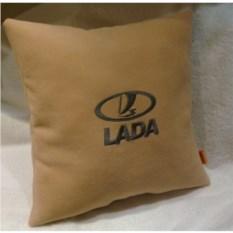 Бежевая подушка Lada