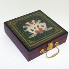 Игровой набор Покер (2 колоды, 4 кости, 100 фишек)