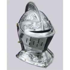 Закрытый рыцарский шлем