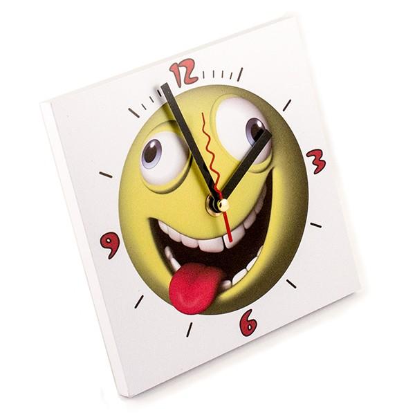 Часы Смайлик с языком