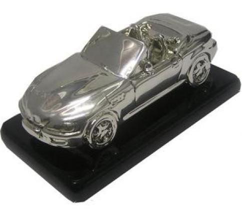 Модель автомобиля БМВ кабриолет