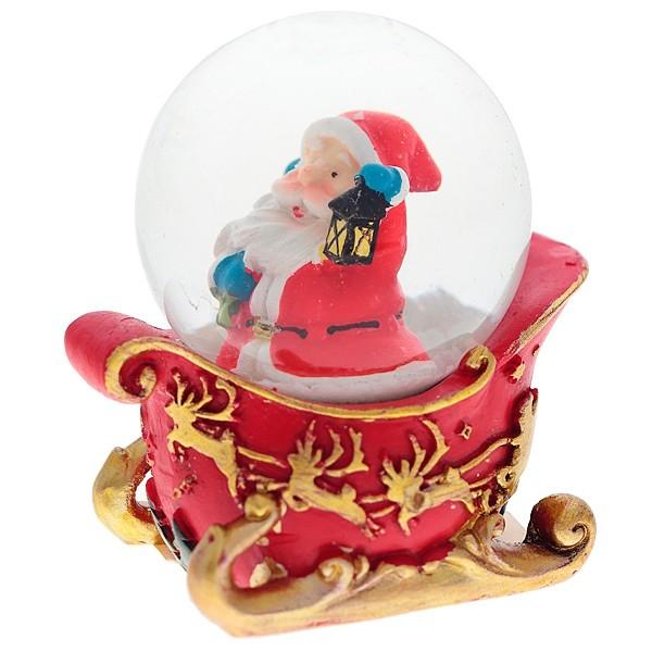 Декоративная фигурка в стеклянном шаре «Дед Мороз в санях»