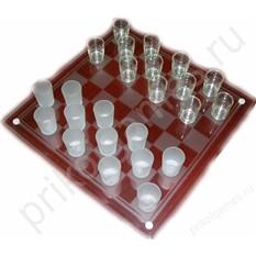 Игра Пьяные шашки, стопки с нанесенными фигурами.