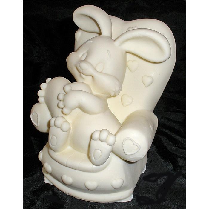 Фигурка из шоколада «Средний зайка на кресле»
