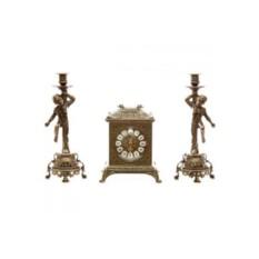 Бронзовые каминные часы и 2 подсвечника на 1 свечу Ларец