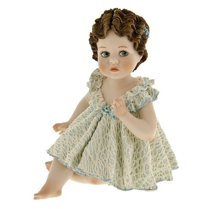 Фарфоровая статуэтка Priscilla Sibania
