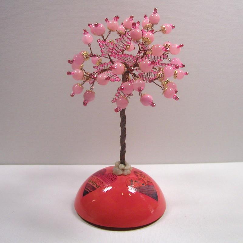 Дерево счастья из розового кварца на куполе