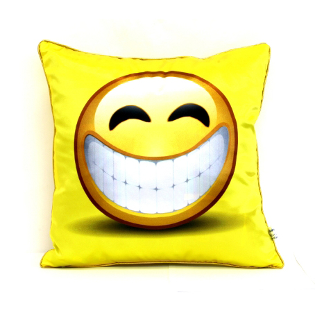 Сувенирная подушка «Дари улыбку»