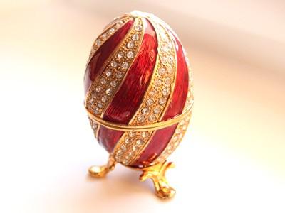 Шкатулка со стразами Пасхальное яйцо, красное