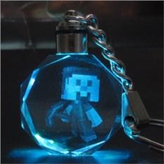 Брелок из Майнкрафт Светящийся кристалл - Стив