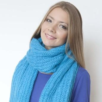 Голубой шерстяной шарф