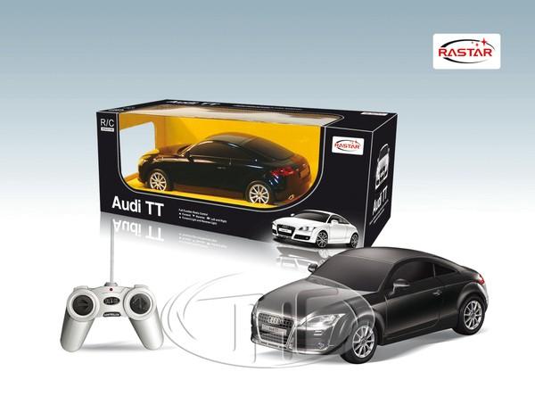 Черная радиоуправляемая машина Audi TT
