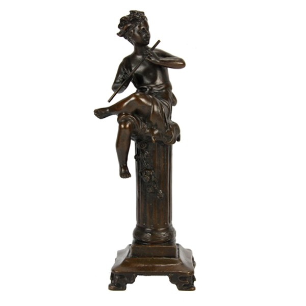 Бронзовая статуэтка Мальчик играет на дудочке