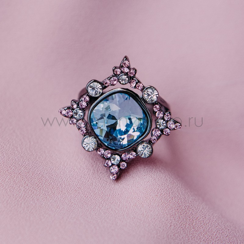 Кольцо с кристаллами Сваровски «Черный тюльпан»