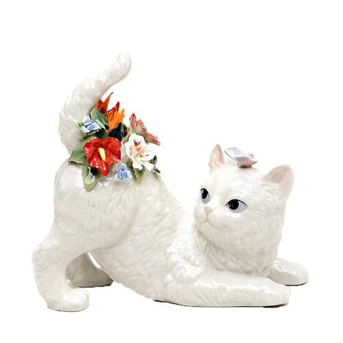 Музыкальная фигурка Беззаботный котенок