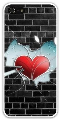 Чехол-накладка для iphone 5/5S, сердце в осколках