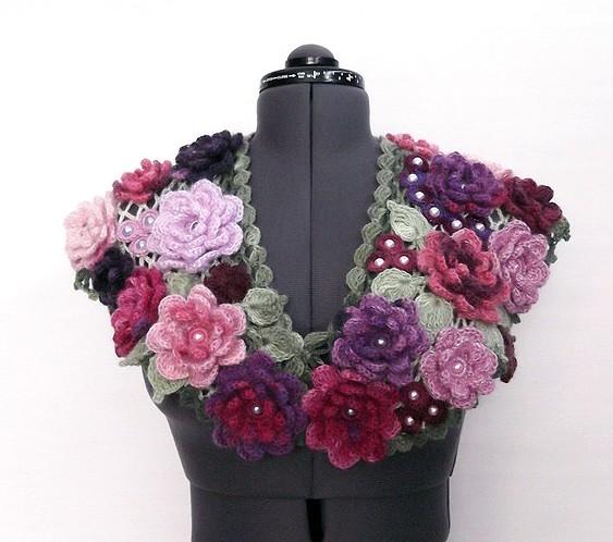 Вязаный шарф Цветы и листья