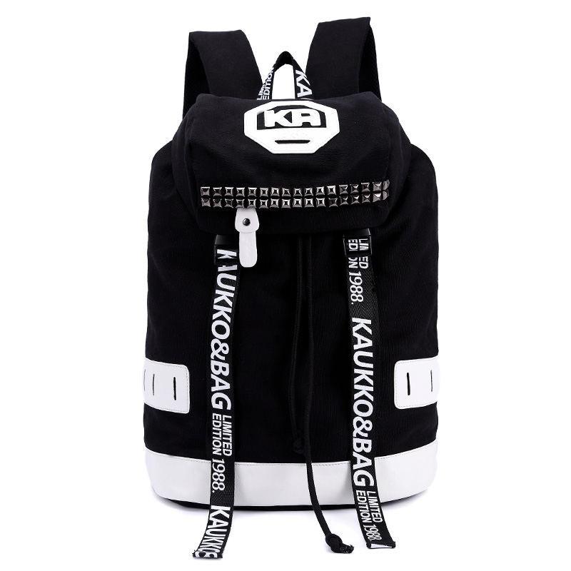 Удобный черный городской рюкзак