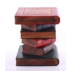 Маленький табурет Книги