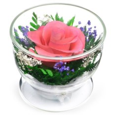 Композиция из розовой розы в подарочной упаковке