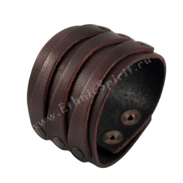 Коричневый кожаный браслет в классическом стиле