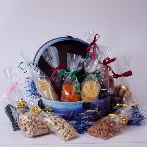 Подарочный набор из сухофруктов Новогодний Визит (сундучок)