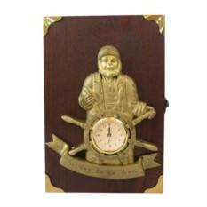 Ключница с часами Монах