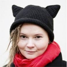 Чёрная шляпа с кошачьими ушками
