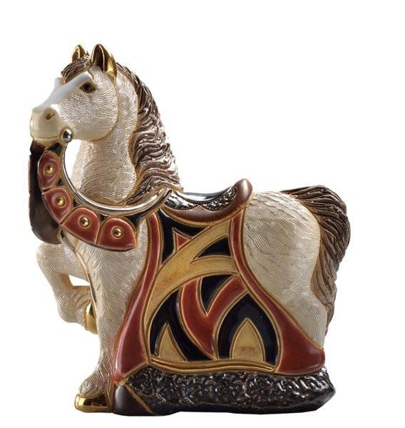 Статуэтка Конь в красной попоне De Rosa
