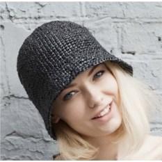 Черная летняя шляпа из рафии