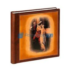 Фотоальбомиз натуральной кожи Поцелуй в подарочном кейсе