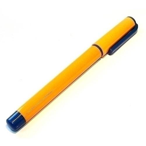 Большая шариковая ручка