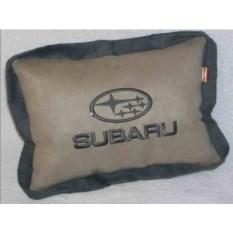 Бежевая подушка с серым кантом Subaru