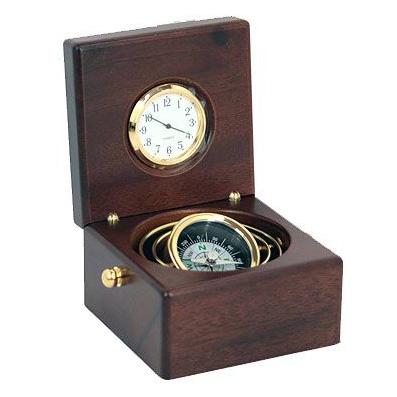 Подарочный набор: часы, компас в дерев. футляре