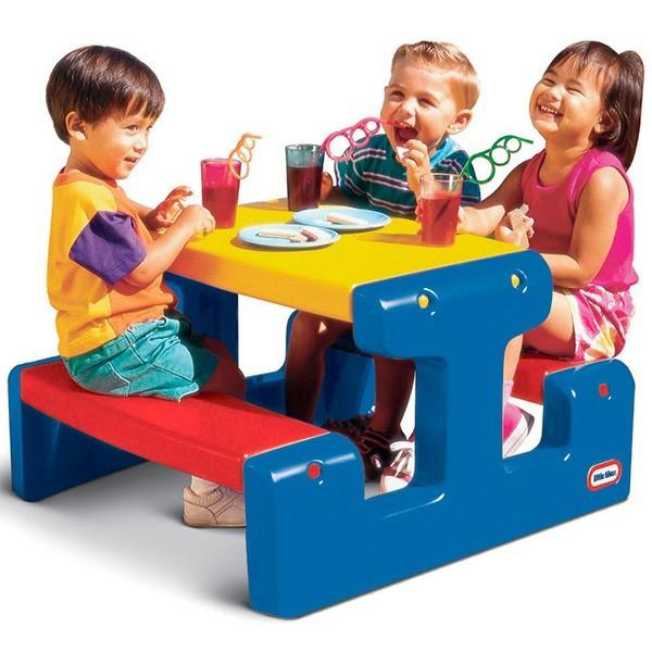 Большой стол с двумя скамейками Little Tikes
