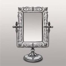 Настольное зеркало прямоугольной формы