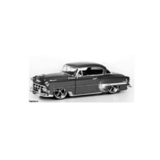 Модель автомобиля 1953 Chevy Bel Air
