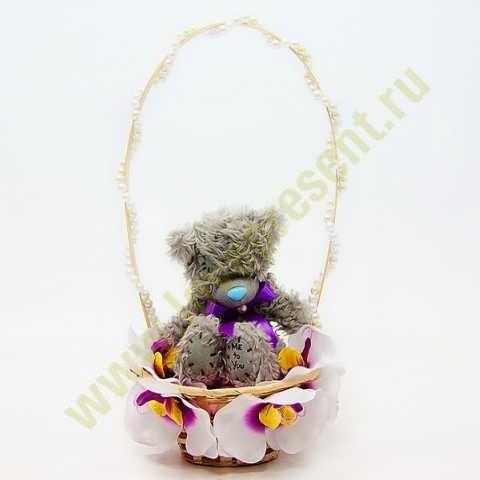 Букет корзинка Мишка в орхидеях
