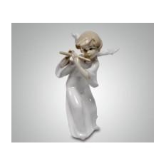 Фарфоровая статуэтка ''Ангел с флейтой''