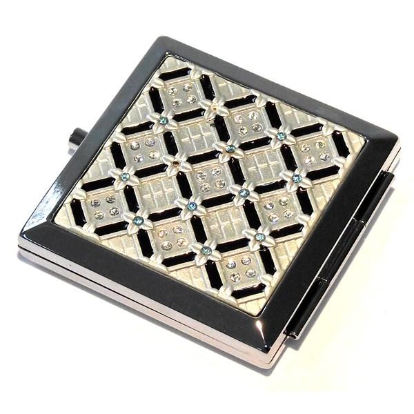 Зеркало квадратное Черные диагональные линии