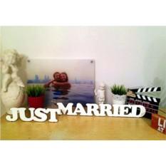 Декоративные слова Just Married, из дерева