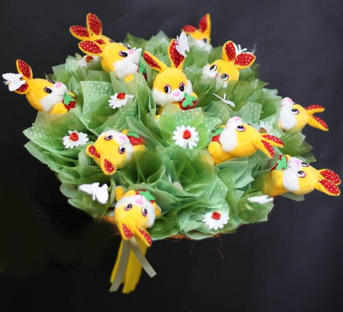 Букет из игрушек Зайчата в Капусте