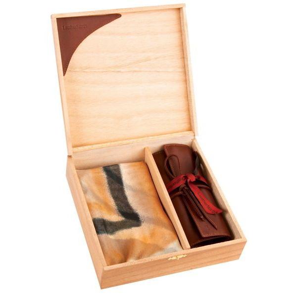 Набор Leathernorth (платок, футляр для драгоценностей)