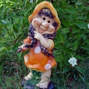 Фигура «Девочка-гриб с косичками»
