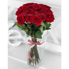 Букет из 25 красных роз (50 см)