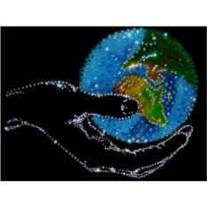 Картина с кристаллами Сваровски Мир в руке
