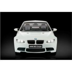Белая радиоуправляемая машина BMW M3 Coupe