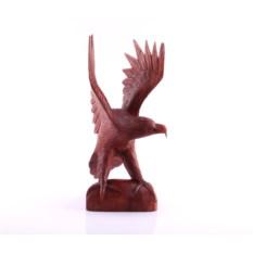 Скульптура Орел на камне