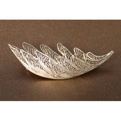 Серебряная брошь «Дубовый лист, нежный»