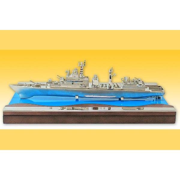 Статуэтка «Нефтянной танкер»